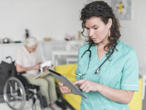 Career Guide to Becoming a Medical Assistant
