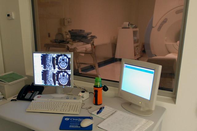 GE Signa Excite 1.5-Tesla MRI, OakBend Imaging Center