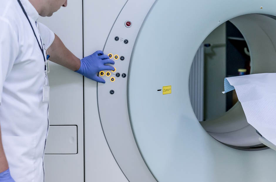 Reasons Why You Should Become an MRI Technologist - AIMS Education