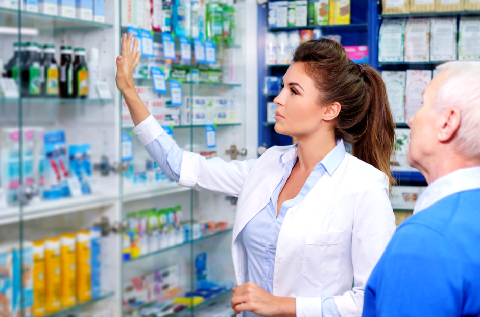 Everything You Need to Know to Become a Pharmacy Technician