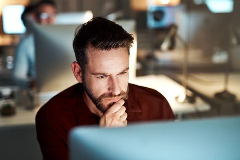 A importância do canal de denúncias como ferramenta de compliance empresarial