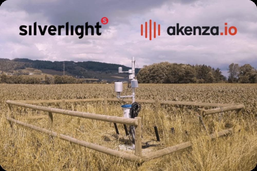 Silverlight x Akenza