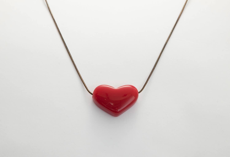 Colar coração vermelho
