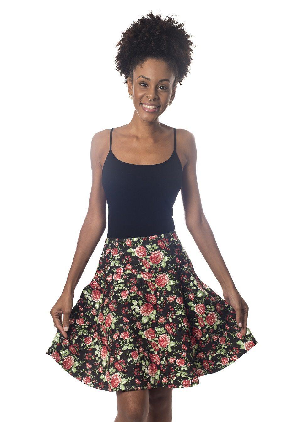 Saia godê fundo preto com rosas - Malumi