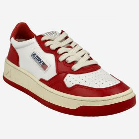 Deportivas Mujer Autry LOW MOM LEAT