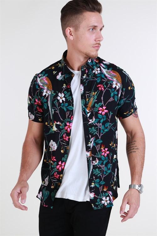Tailored & Originals Leison S/S Black