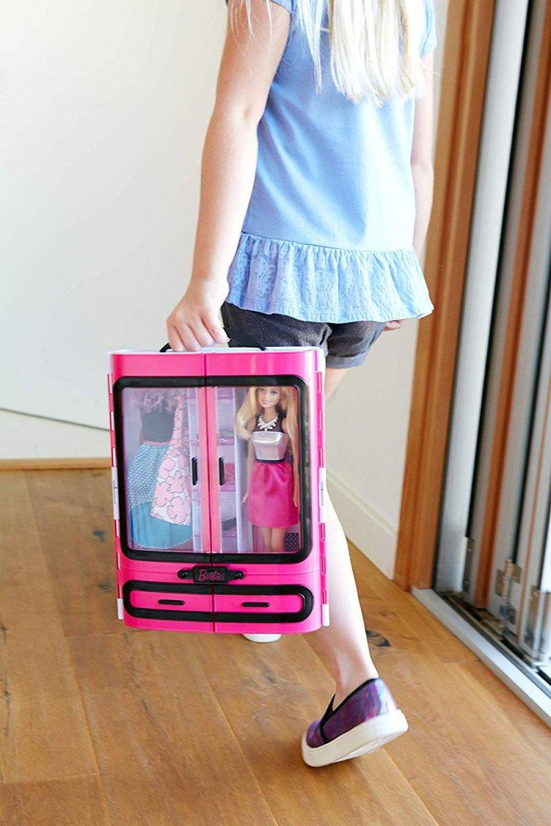 Barbie Dukke - Det Ultimative Klædeskab Inkl. Tilbehør