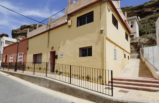 Casa en venta en Calle FUENTE LA, Almería