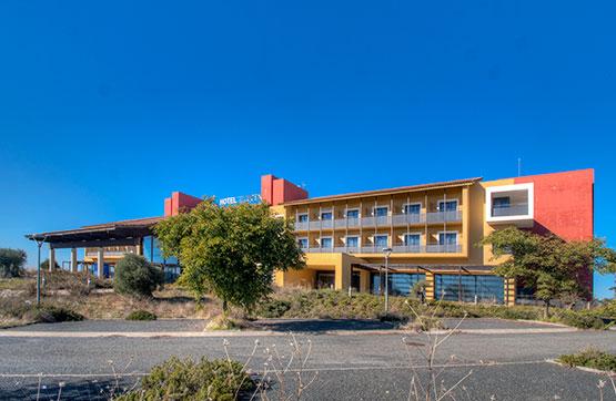 Hotel en venta en Lucena