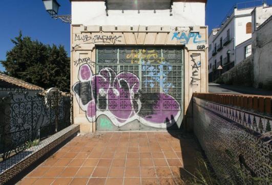 Calle Antequeruela Baja 1 , Granada, Granada