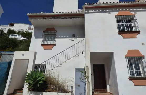 Villa, Terraced for sale en Ojén