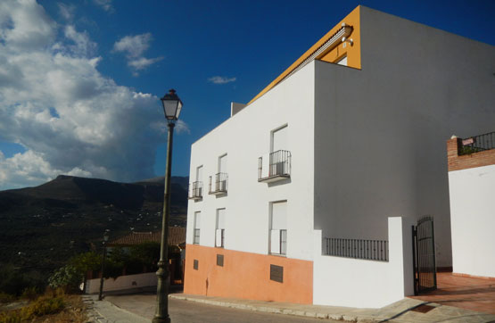 Apartamento, Piso  en venta    en Alcaucín