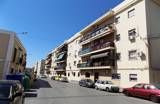 Piso en venta en Calle SANTIAGO APOSTOL 7, 3º A, Utrera
