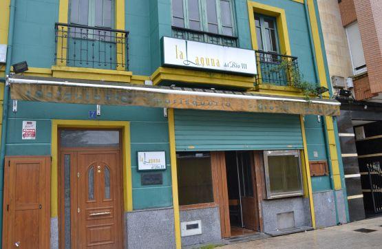 Piso en venta en Calle MANUEL GONZALEZ VIGIL 7, 1º, San Martín del Rey Aurelio