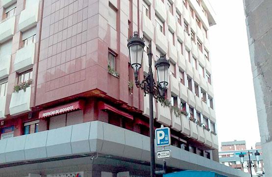 Piso en venta en Calle NUEVE DE MAYO, Oviedo