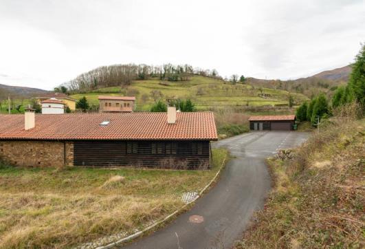 Finca Plazuela Cenera 76 , Mieres, Asturias