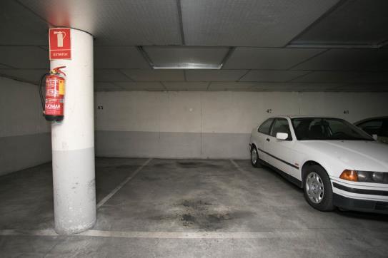 Plaza de parking en venta en Azuqueca de Henares