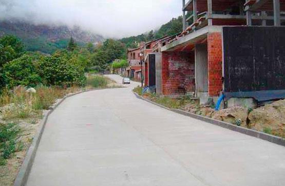Calle A, Cuevas del Valle
