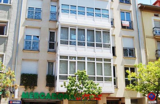 Piso en venta en Calle Vitoria - 14, 3º B, Miranda de Ebro