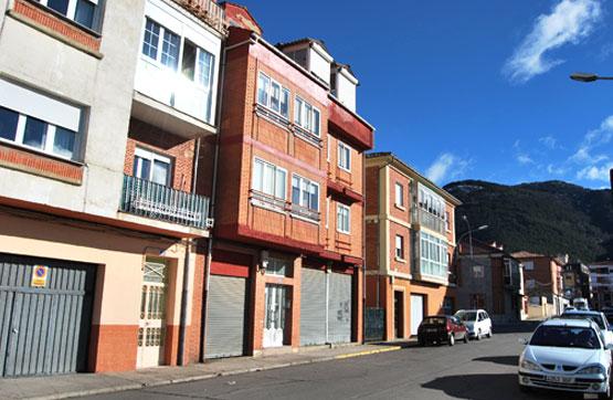 Piso en venta en Calle ESTEBAN CORRAL 16, 3º B, Cistierna
