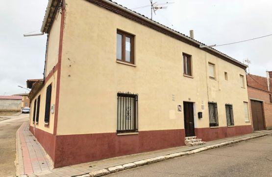 Casa en venta en Calle MAYOR 16 000, Castromocho