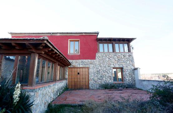 Casa en venta con 322 m2,  en Yanguas de Eresma