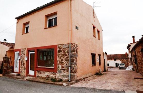 Local en venta con 150 m2, 4 dormitorios  en Palazuelos de Eresma