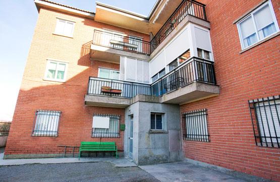 Piso en venta con 95 m2, 3 dormitorios  en Sangarcía