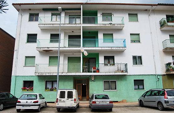 Piso en venta con 80 m2, 2 dormitorios  en Navaleno