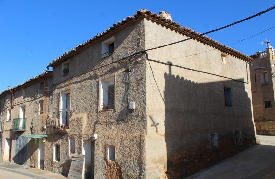 Casa en venta con 174 m2,  en Santa María de Huerta