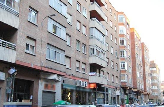 Piso en venta en Calle TOREROS 1, 1º C (Distrito 11), Valladolid