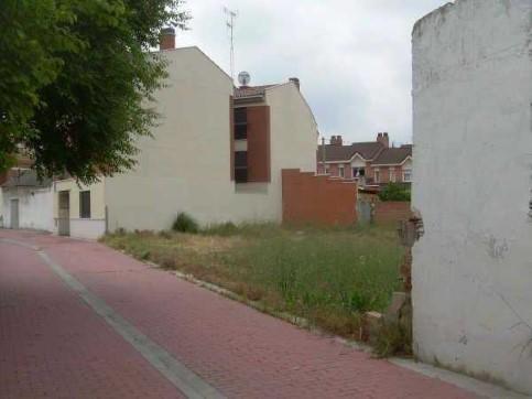 Calle ESCUELAS C/V CL.IGLESIA VIEJA 5 5 , Boecillo, Valladolid