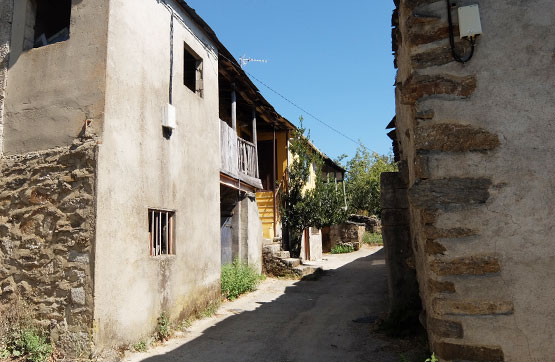 Calle CABECERO TERROS, Cobreros