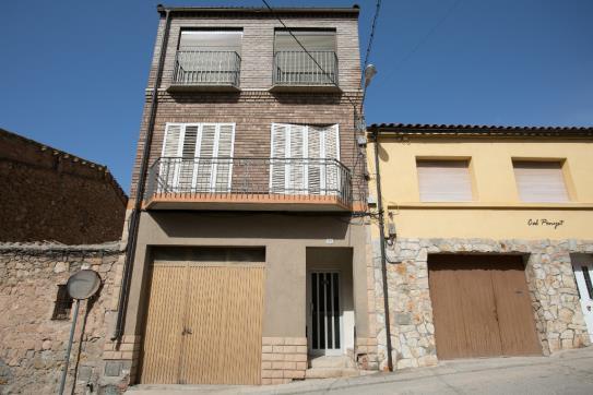 Casa en venta en Calle BAIX 32, Bovera