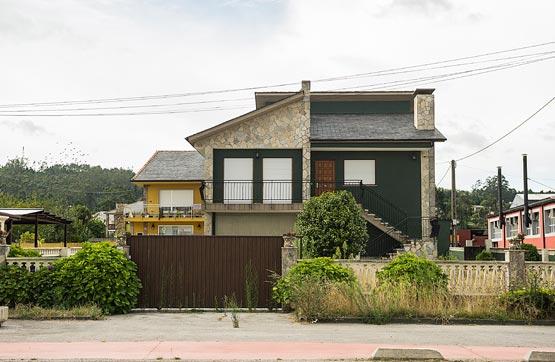 Casa en venta en Calle VILAR 35 000, Ribadeo