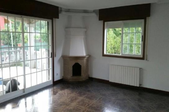 Casa en venta en Lugar BARXELA, Ponteareas