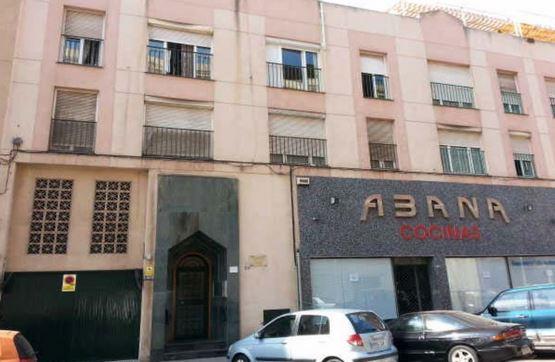Piso en venta con 172 m2, 4 dormitorios  en Otras Zonas (Melilla)