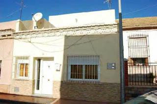 Casa en venta en Calle MARINEROS DE PERAL 15 (Distrito 4), Cartagena