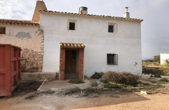 Casa en venta en Camino DEL PINTADO DIAZ Y LAS GRUESAS S/N 0, Yecla