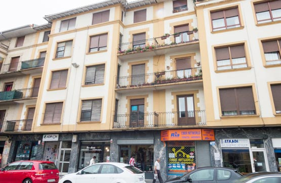 Piso en venta en Calle SAN MIGUEL 6, 1º IZQ, Amorebieta-Etxano