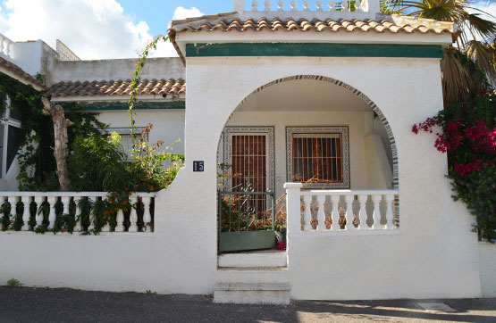 Villa in Guardamar del Segura, Alicante