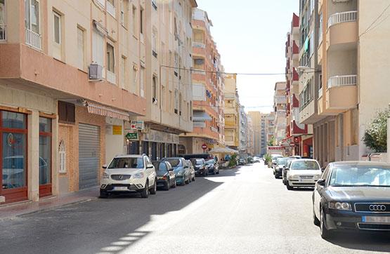 Local comercial en Torrevieja, Alicante