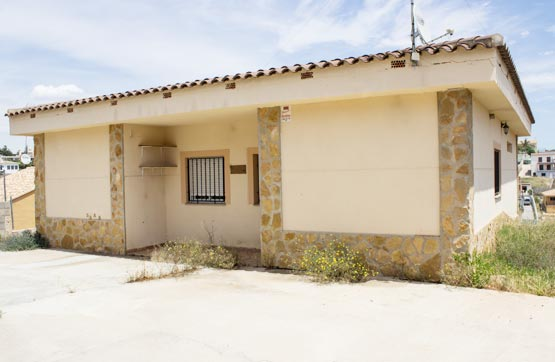 Chalet en venta en Urbanización LOS LAGOS PARCELA 704 704 704, Alginet