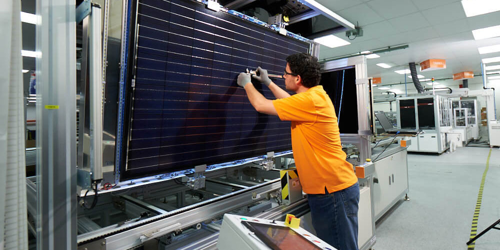 19ac20b0 tindofactory 4 - Tindo Solar