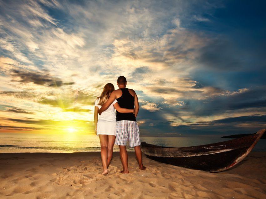 95 Top Honeymoon Destinations in Indonesia (Romantic & Hot Places)