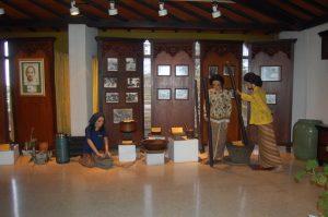Jamu Nyonya Meneer Museum