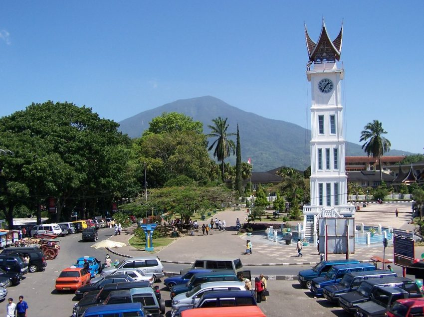 19 Top Things to Do in Bukittinggi, Indonesia #No.2 is Breathtaking!