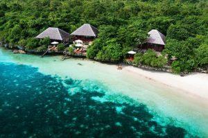 palahidu port wakatobi island