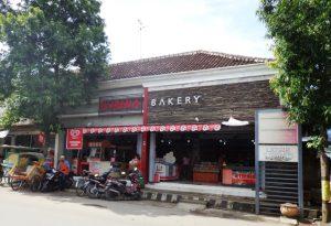 kurnia-bakery-blora