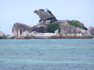 tanjung-kelayang-beach